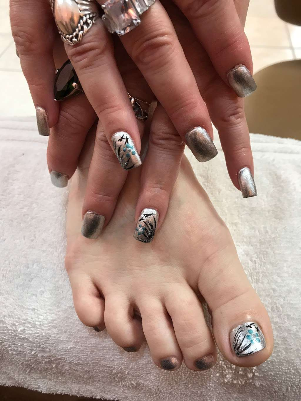 Annie Nails and Spa - hair care  | Photo 1 of 10 | Address: 240 Lakeview Ave, Tyngsborough, MA 01879, USA | Phone: (978) 226-5724