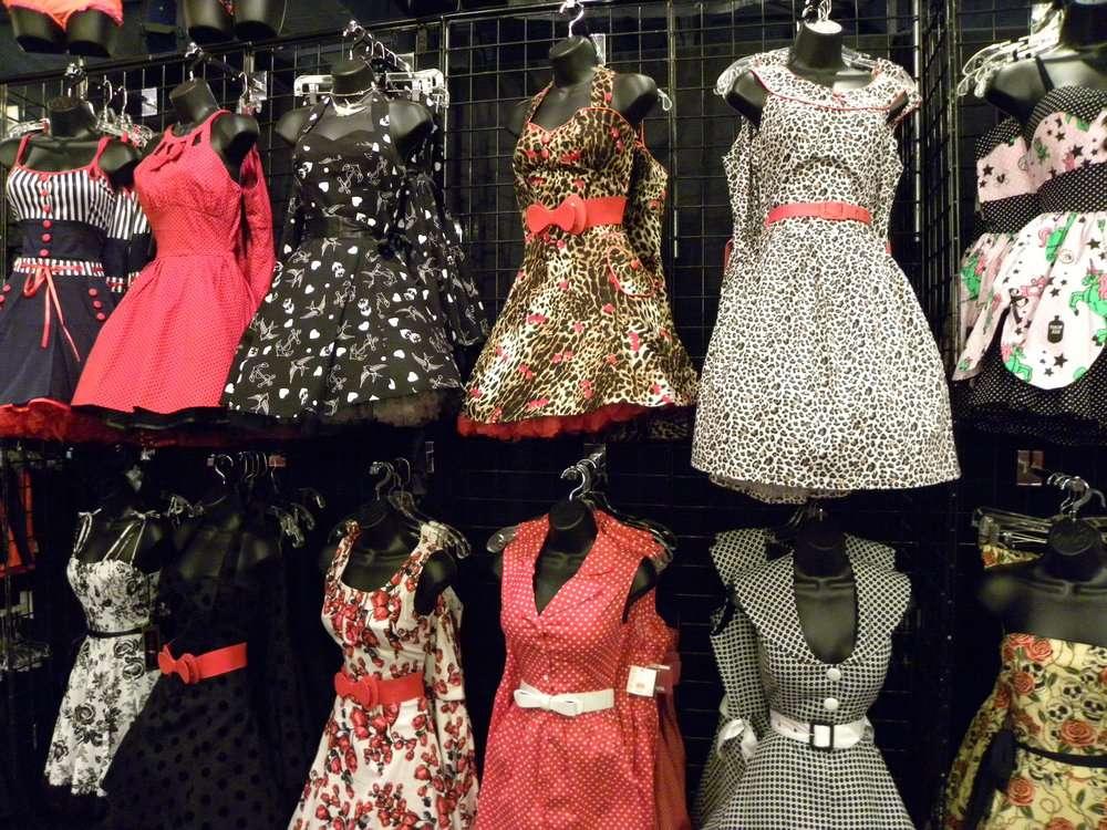 Pin Up Bootique - clothing store    Photo 1 of 7   Address: 1804 Montebello Town Center, Montebello, CA 90640, USA   Phone: (323) 727-7976