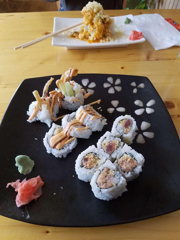 Little Tokyo - restaurant  | Photo 6 of 10 | Address: 425 Upton Dr, St Joseph, MI 49085, USA | Phone: (269) 982-0806