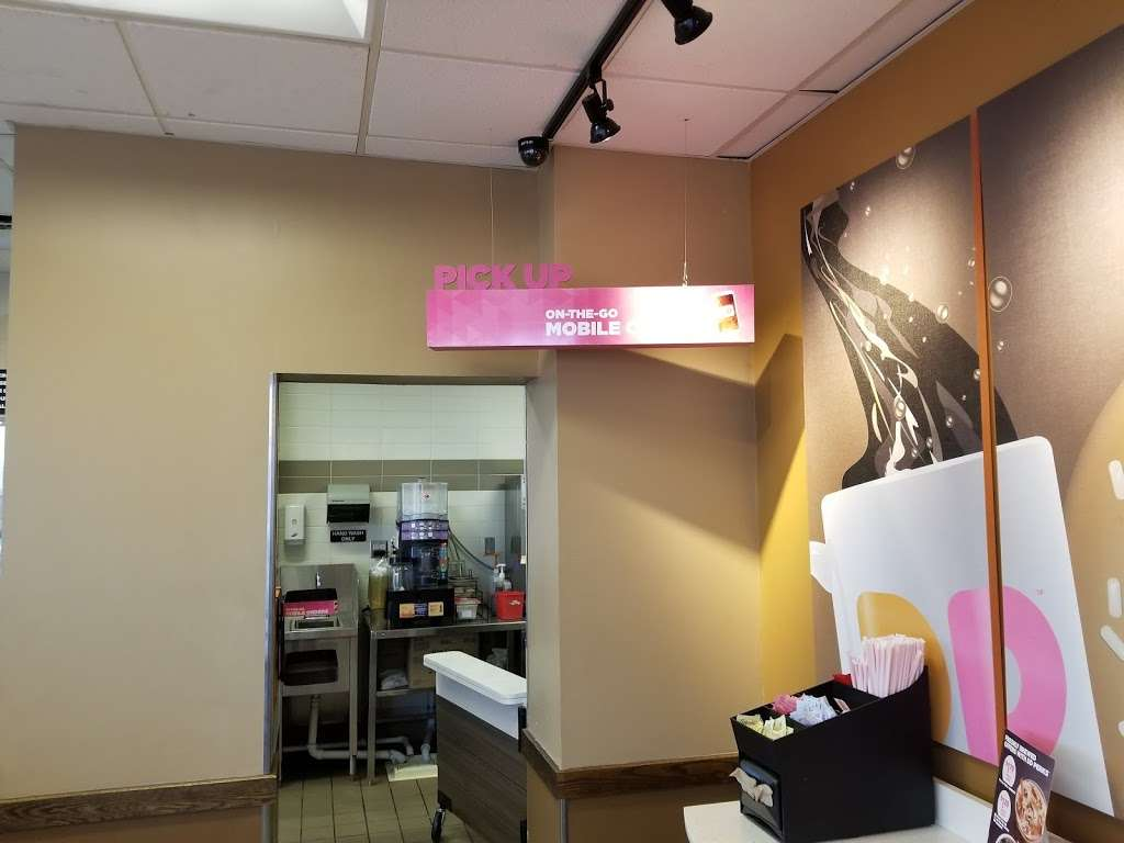 Dunkin - cafe  | Photo 8 of 10 | Address: 1294 Edwin Miller Blvd, Martinsburg, WV 25401, USA | Phone: (304) 264-4164