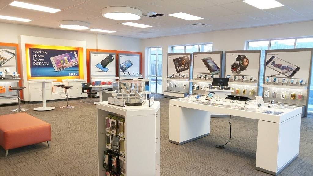 AT&T Store - store  | Photo 2 of 7 | Address: 12154 SE Division St, Portland, OR 97266, USA | Phone: (503) 477-4971