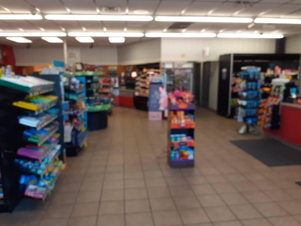 Kwik Shop - convenience store  | Photo 5 of 6 | Address: 3601 E 47th St S, Wichita, KS 67210, USA | Phone: (316) 522-5710