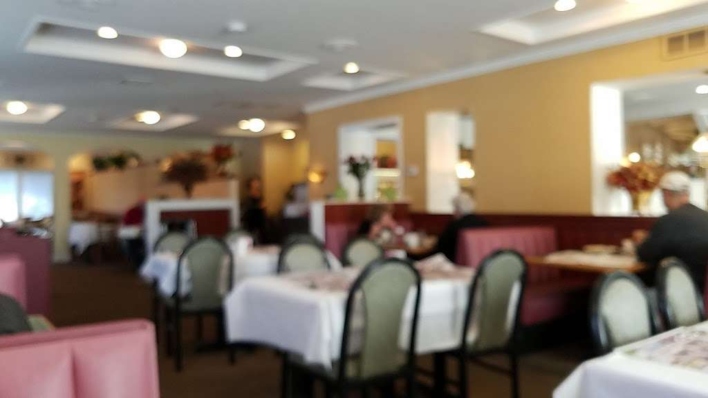 Oceanos - restaurant  | Photo 1 of 9 | Address: 222 Haddon Ave, West Berlin, NJ 08091, USA | Phone: (856) 768-7711