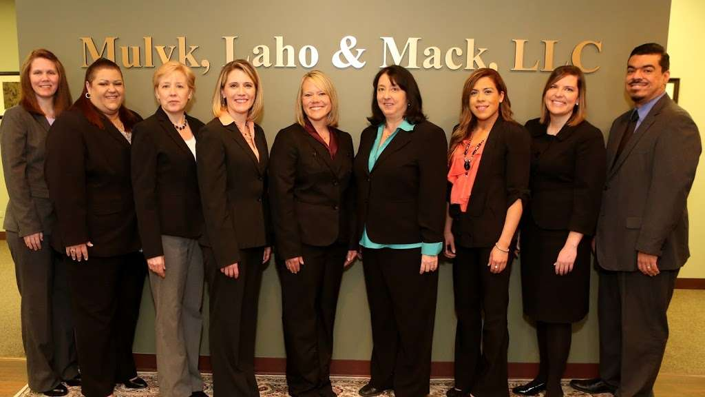 Mulyk, Laho & Mack, LLC - lawyer  | Photo 2 of 9 | Address: 45 S Park Blvd #230, Glen Ellyn, IL 60137, USA | Phone: (630) 852-1100
