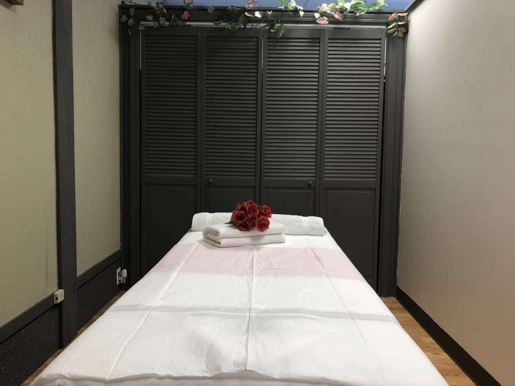 Lavender Massage - spa  | Photo 2 of 9 | Address: 5375 US-34, Oswego, IL 60543, USA | Phone: (630) 465-3764