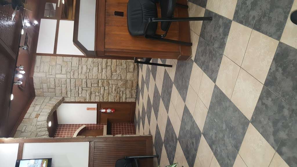 ImmediaDent - Urgent Dental Care - dentist    Photo 10 of 10   Address: 2128 Mounds Rd, Anderson, IN 46016, USA   Phone: (765) 642-0400
