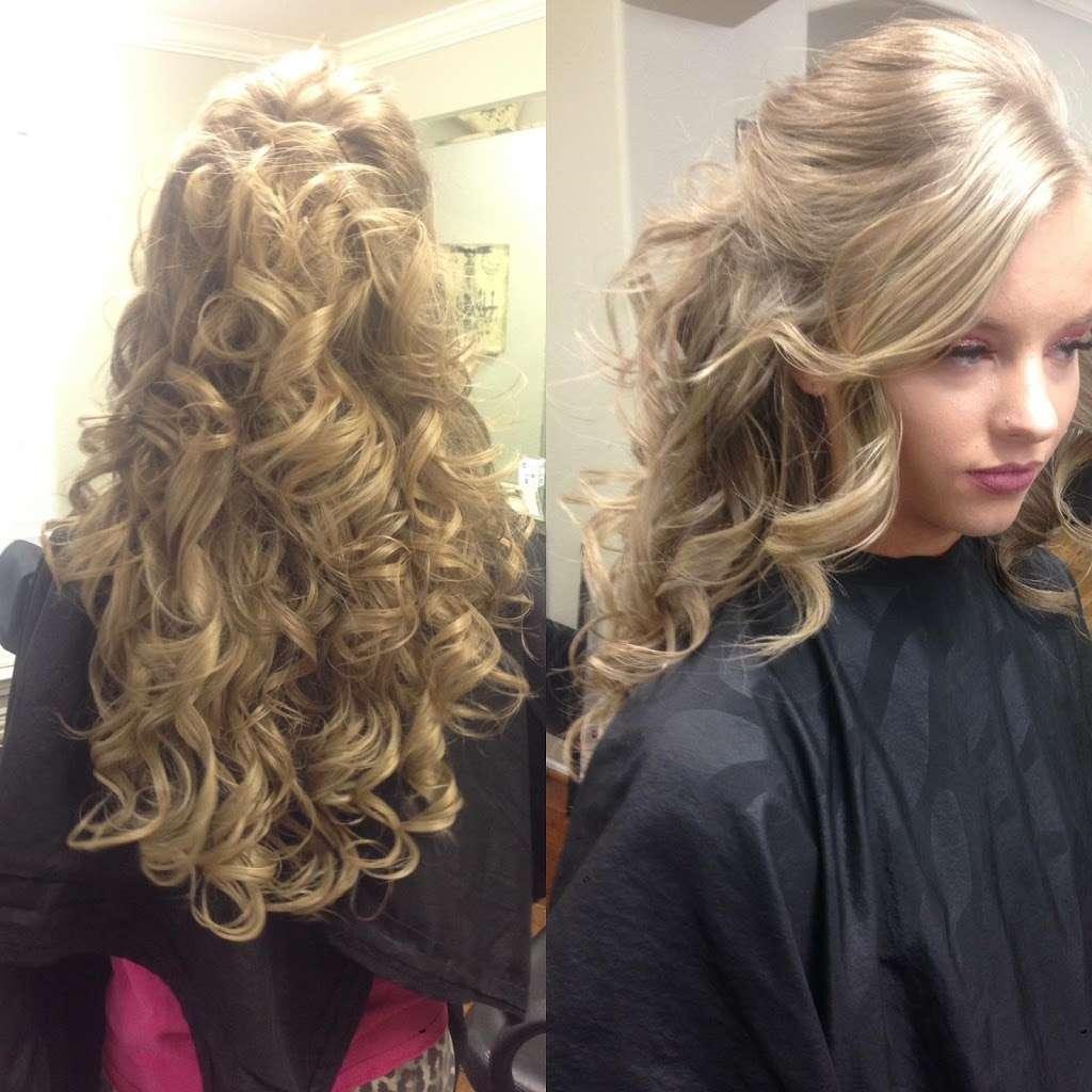 Salon Accente - hair care  | Photo 7 of 10 | Address: 4318 Center St, Deer Park, TX 77536, USA | Phone: (281) 476-5332