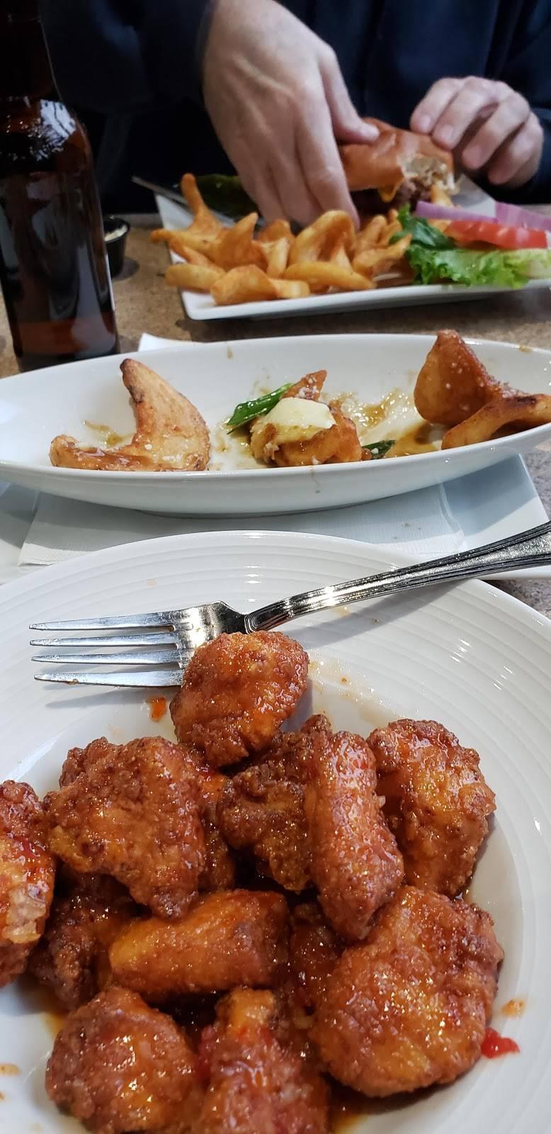 Charlie Mops - restaurant    Photo 4 of 9   Address: 8505 Secor Rd, Lambertville, MI 48144, USA   Phone: (734) 568-6686