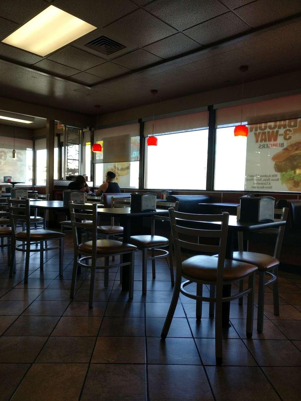 Carls Jr. - restaurant  | Photo 4 of 10 | Address: 18756 Sherman Way, Reseda, CA 91335, USA | Phone: (818) 881-8775