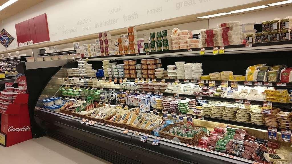 ACME Markets - store  | Photo 5 of 10 | Address: 321 NJ-440, Jersey City, NJ 07305, USA | Phone: (201) 946-2525