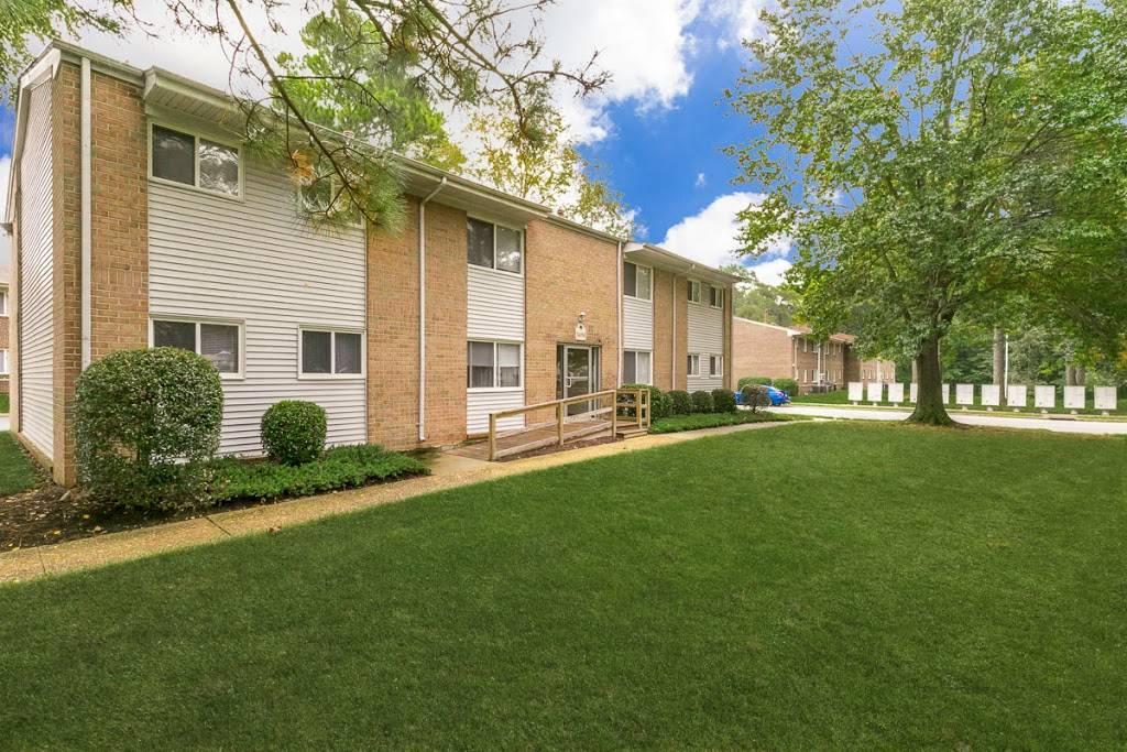 Edgefield Apartments - real estate agency  | Photo 1 of 9 | Address: 5699 Craneybrook Ln, Portsmouth, VA 23703, USA | Phone: (757) 379-8332