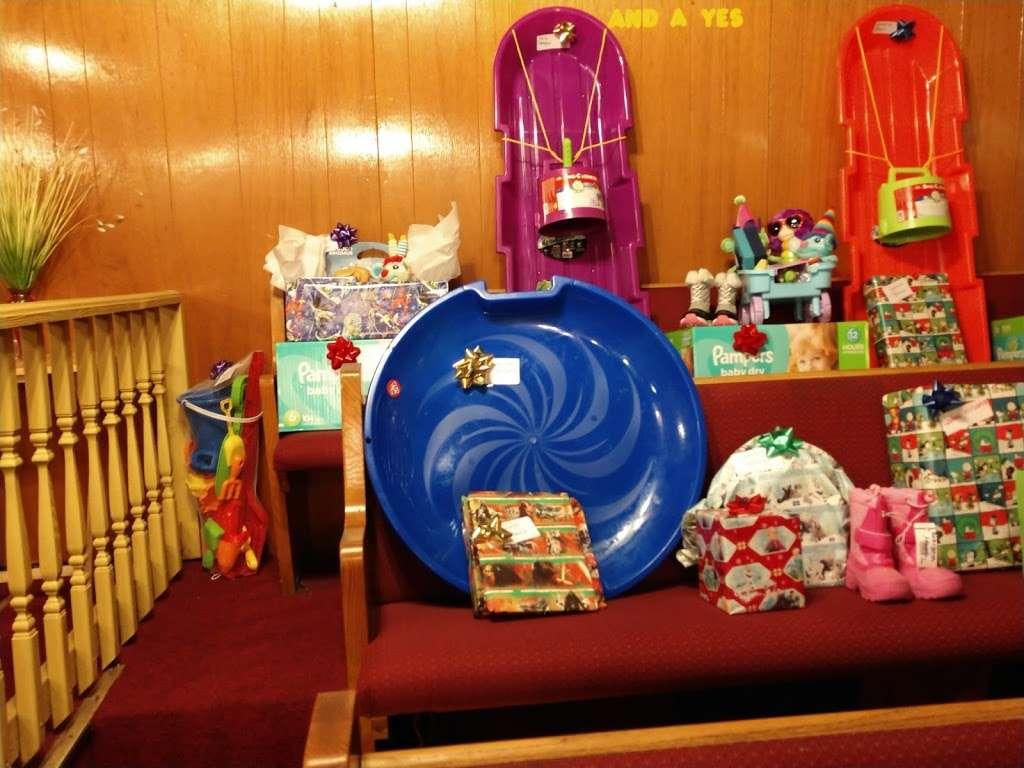 True Fellowship Baptist Church - church    Photo 2 of 9   Address: 9556 S King Dr, Chicago, IL 60628, USA   Phone: (773) 785-9710