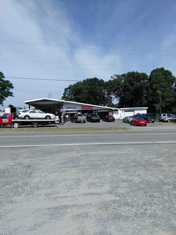 B & R Tire Services - car repair  | Photo 10 of 10 | Address: 4120 N Glenn Ave, Winston-Salem, NC 27105, USA | Phone: (336) 767-2910