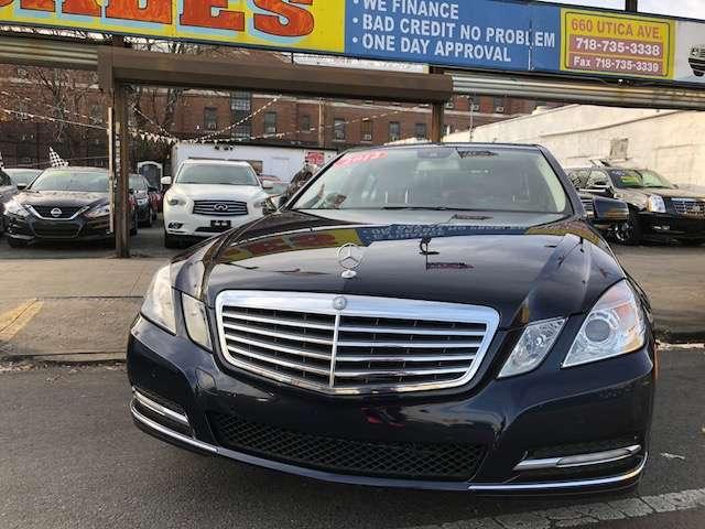 Wide World Auto Sale - car dealer    Photo 1 of 9   Address: 660 Utica Ave, Brooklyn, NY 11203, USA   Phone: (718) 735-3338