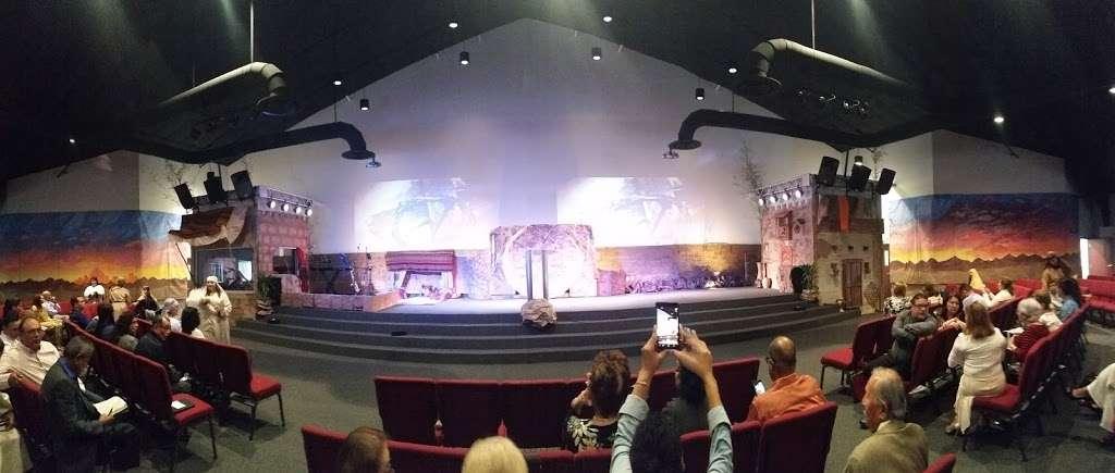 Centro Cristiano Dios De Pactos Florida - church  | Photo 10 of 10 | Address: 1130 Simmons Rd, Kissimmee, FL 34744, USA | Phone: (407) 870-5858