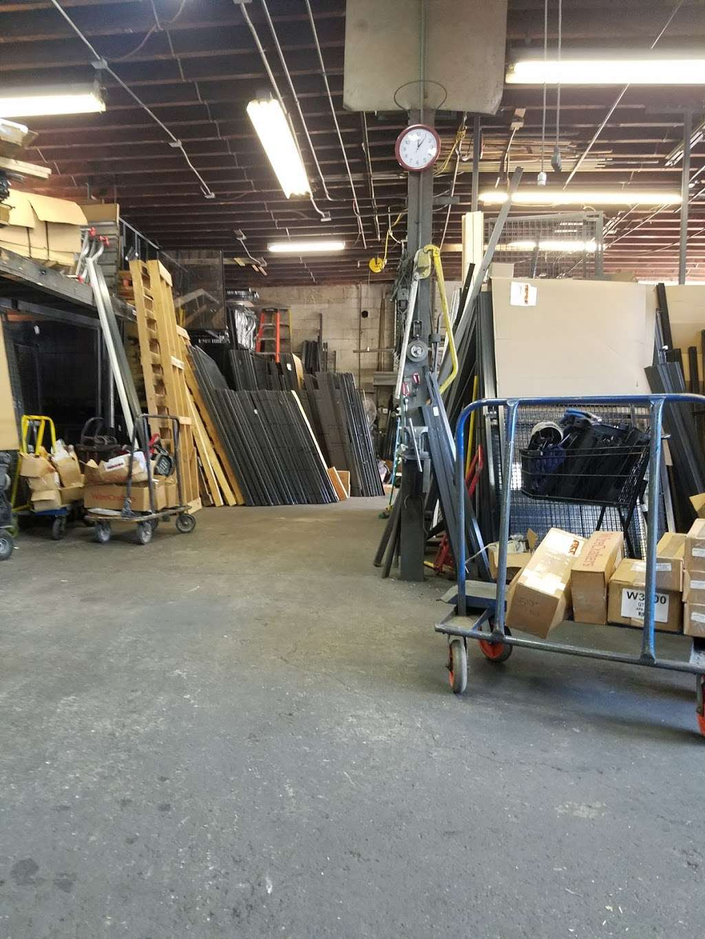 Giant Industrial Installations - store  | Photo 3 of 5 | Address: 1434 112th St, Flushing, NY 11356, USA | Phone: (718) 359-1619