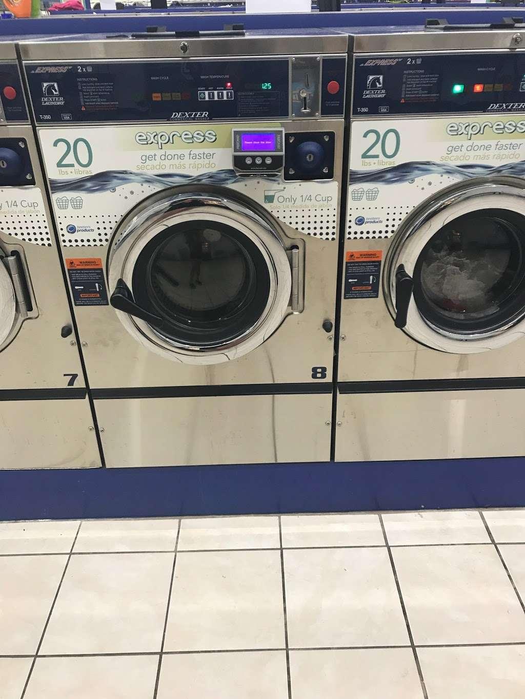 Indyland II Laundromat - laundry  | Photo 6 of 10 | Address: 6125 E 38th St, Indianapolis, IN 46226, USA | Phone: (317) 983-0640