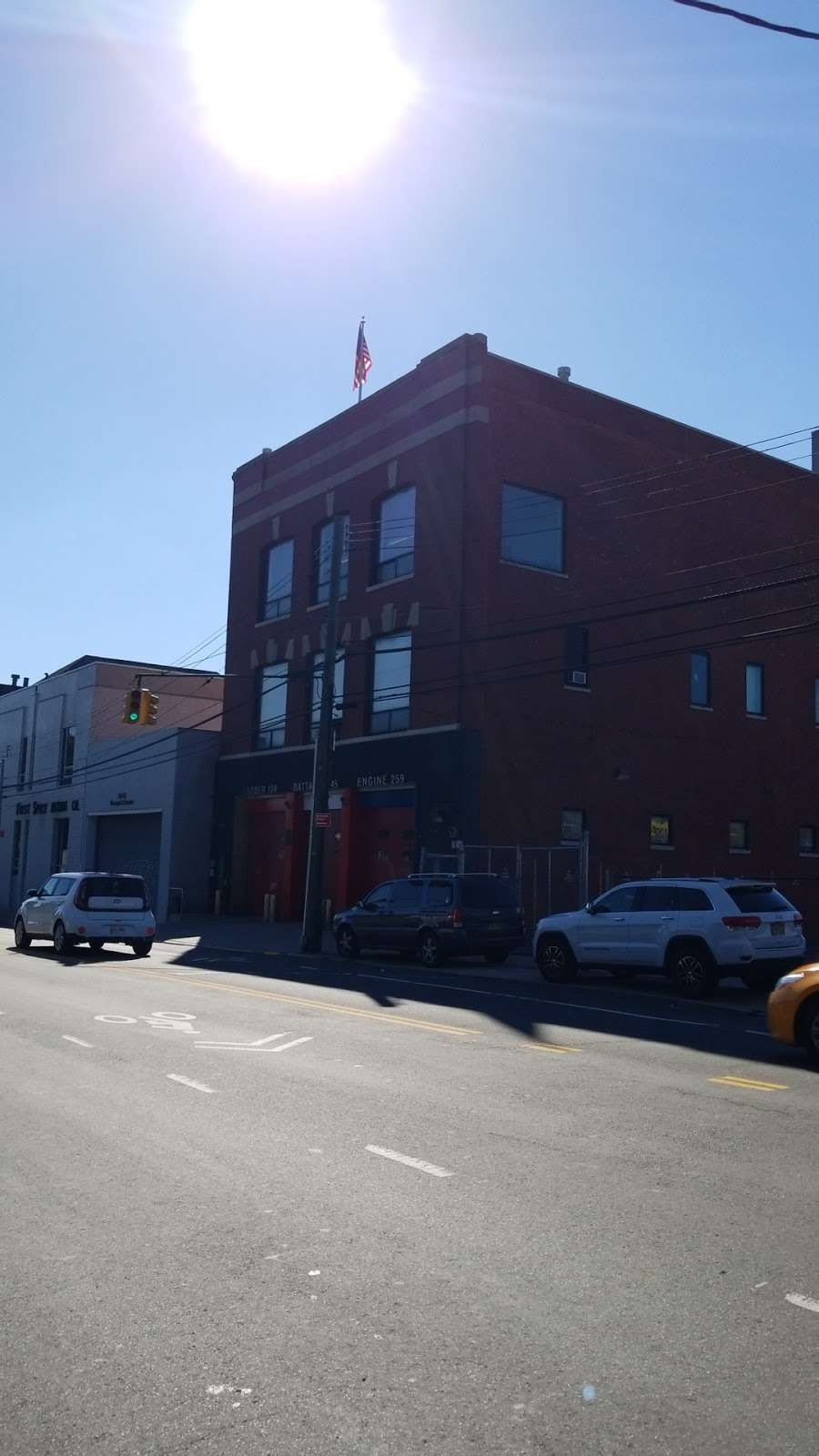 FDNY Engine 259/Ladder 128/Battalion 45 - fire station  | Photo 1 of 1 | Address: 33-51 Greenpoint Ave, Long Island City, NY 11101, USA | Phone: (212) 639-9675
