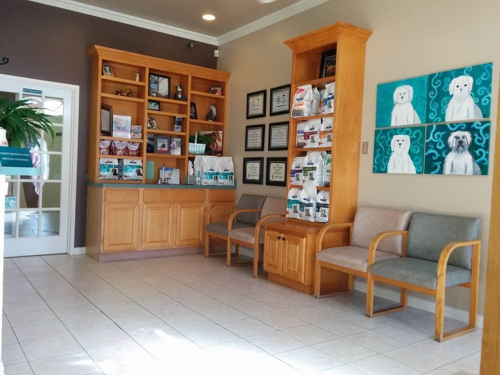 Parkside Animal Hospital - veterinary care  | Photo 4 of 8 | Address: 1780 Rufe Snow Dr, Keller, TX 76248, USA | Phone: (817) 281-1111