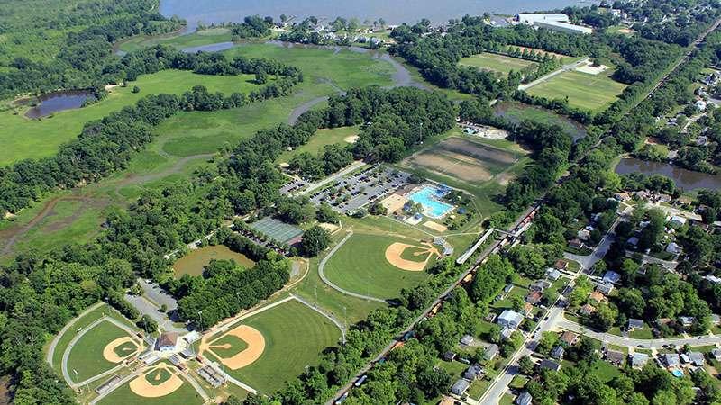 Veterans Memorial Park - park  | Photo 1 of 10 | Address: 14300 Veterans Dr, Woodbridge, VA 22191, USA | Phone: (703) 792-8794