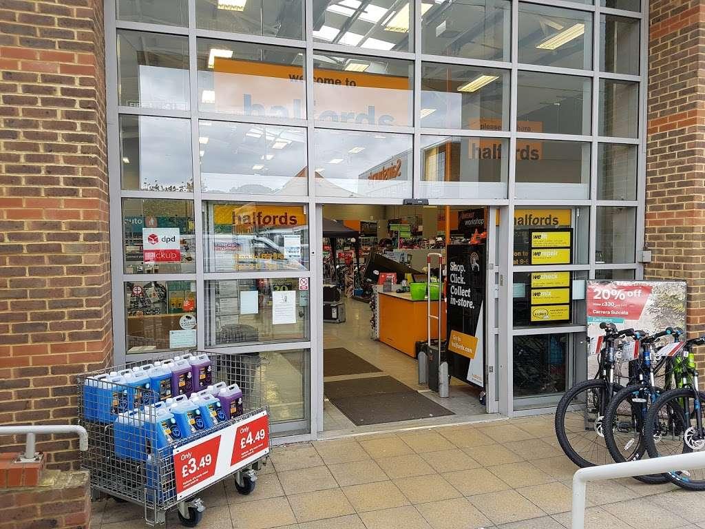 Halfords Epsom - bicycle store    Photo 1 of 10   Address: 1 Kiln Ln, Epsom KT17 1EQ, UK   Phone: 01372 847540