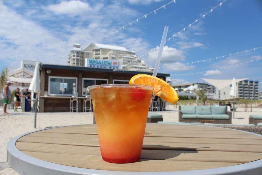 The Star Beach Bar - NJ Beach Bar - restaurant  | Photo 5 of 10 | Address: 402 E Rochester Ave, Wildwood, NJ 08260, USA | Phone: (609) 224-1124