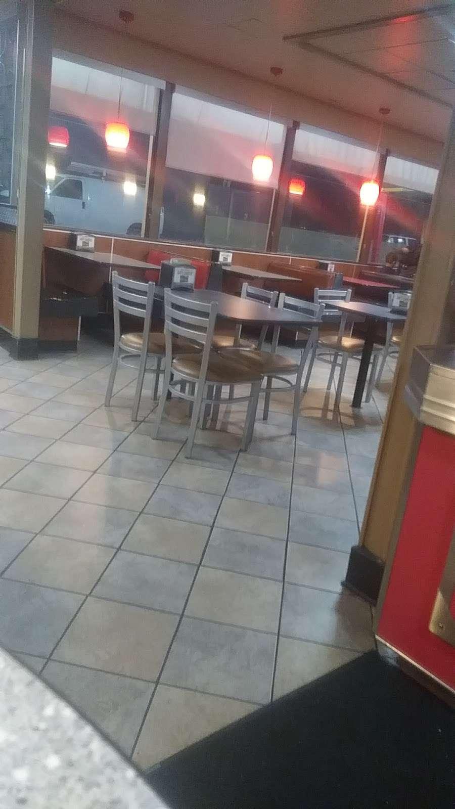 Carls Jr. - restaurant  | Photo 6 of 10 | Address: 18756 Sherman Way, Reseda, CA 91335, USA | Phone: (818) 881-8775