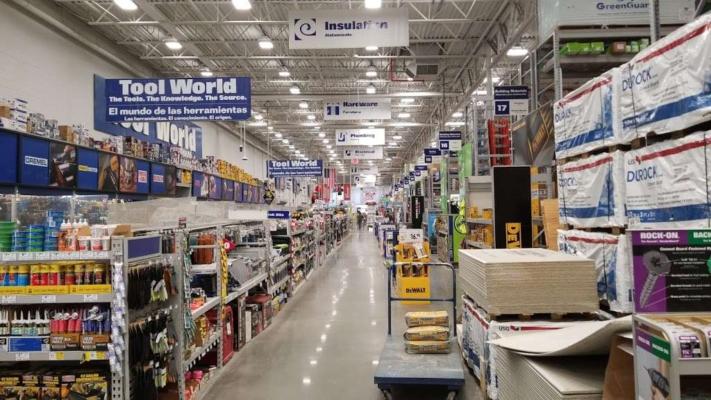Lowes Home Improvement - hardware store  | Photo 10 of 10 | Address: 7801 Tonnelle Ave, North Bergen, NJ 07047, USA | Phone: (201) 662-0932
