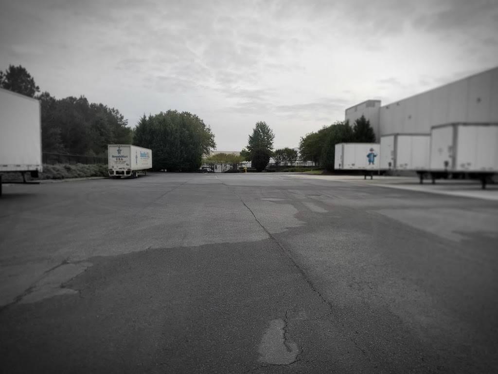 BrandsMart USA Atlanta Distribution Center - storage  | Photo 7 of 7 | Address: 3100 S Park Blvd, Ellenwood, GA 30294, USA | Phone: (800) 432-8579