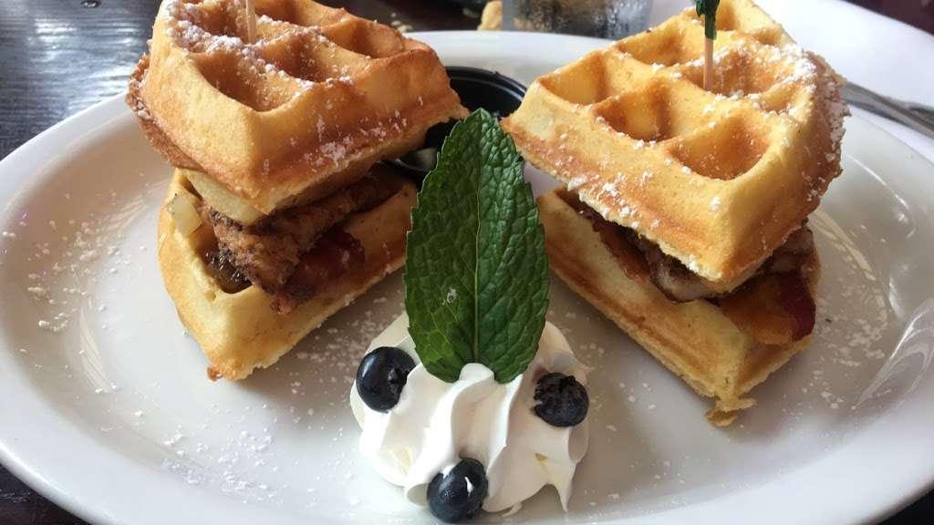 Sofrito - restaurant  | Photo 9 of 10 | Address: 679 Riverside Dr, New York, NY 10031, USA | Phone: (212) 754-5999
