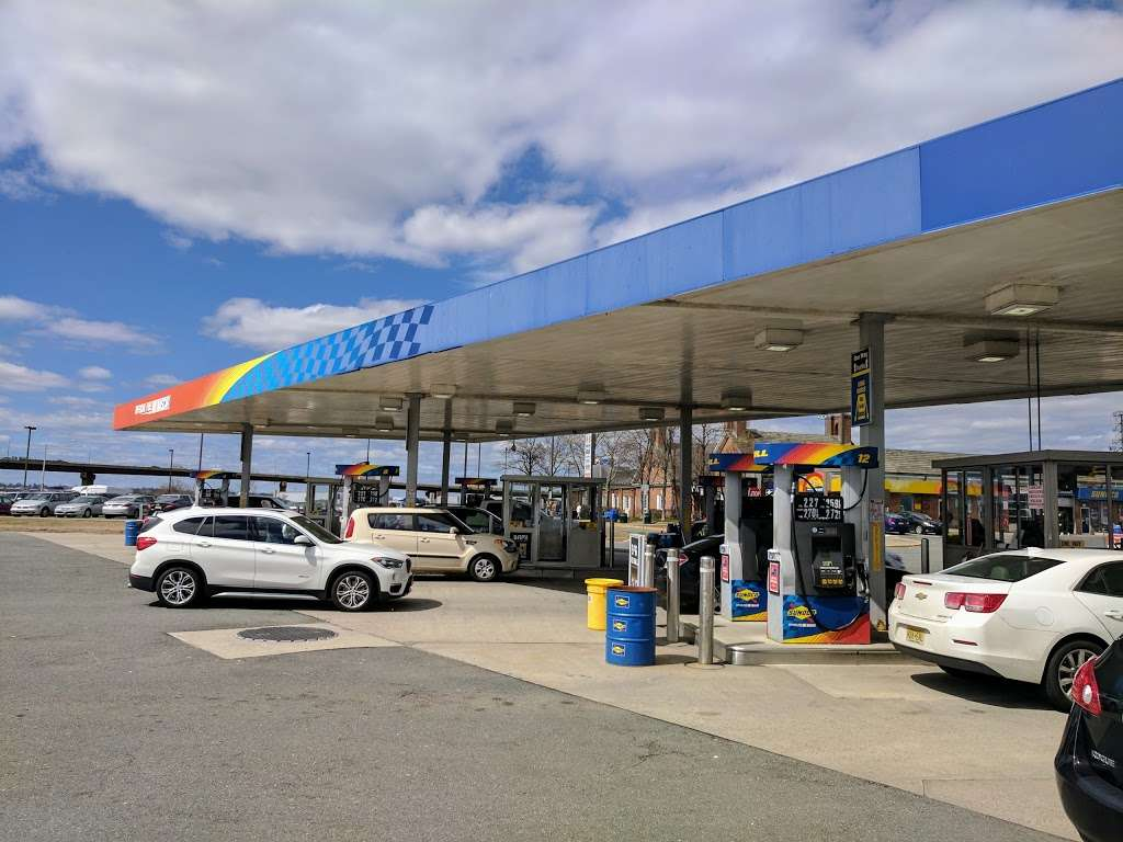 Sunoco - gas station  | Photo 1 of 10 | Address: 166 NJ Tpke, Ridgefield, NJ 07657, USA | Phone: (201) 945-8991