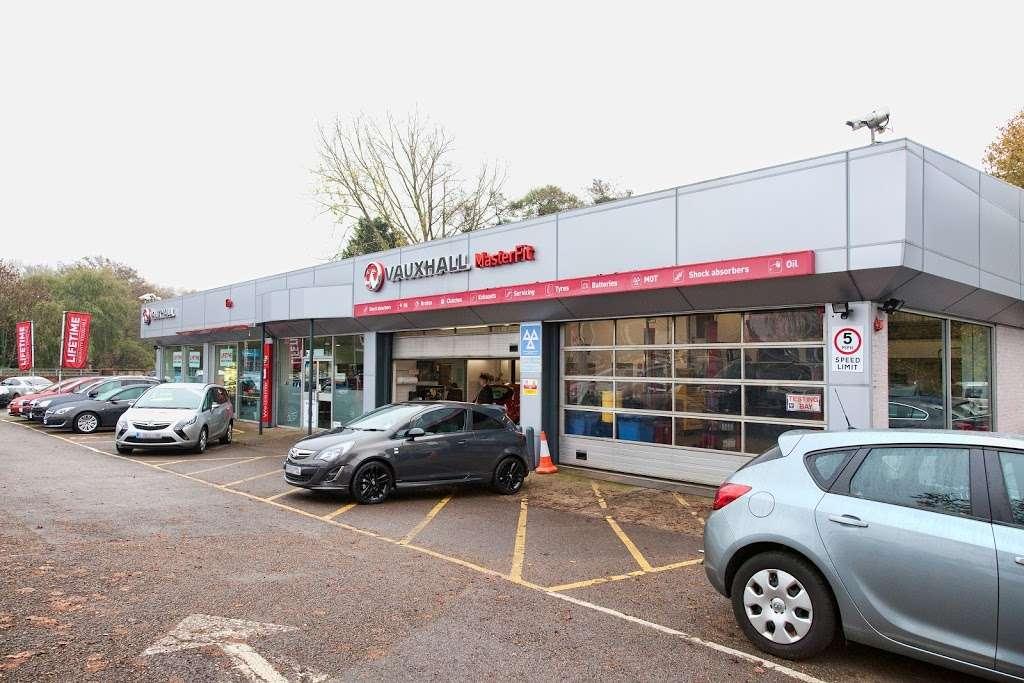 GO Vauxhall Sevenoaks - car dealer  | Photo 4 of 10 | Address: Mill Rd, Dunton Green, Sevenoaks TN13 2UZ, UK | Phone: 01732 449947