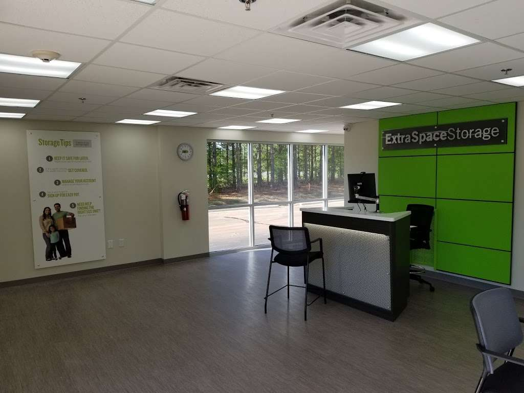 Extra Space Storage - moving company  | Photo 1 of 10 | Address: 9800 Ardrey Kell Rd, Charlotte, NC 28277, USA | Phone: (980) 498-8004