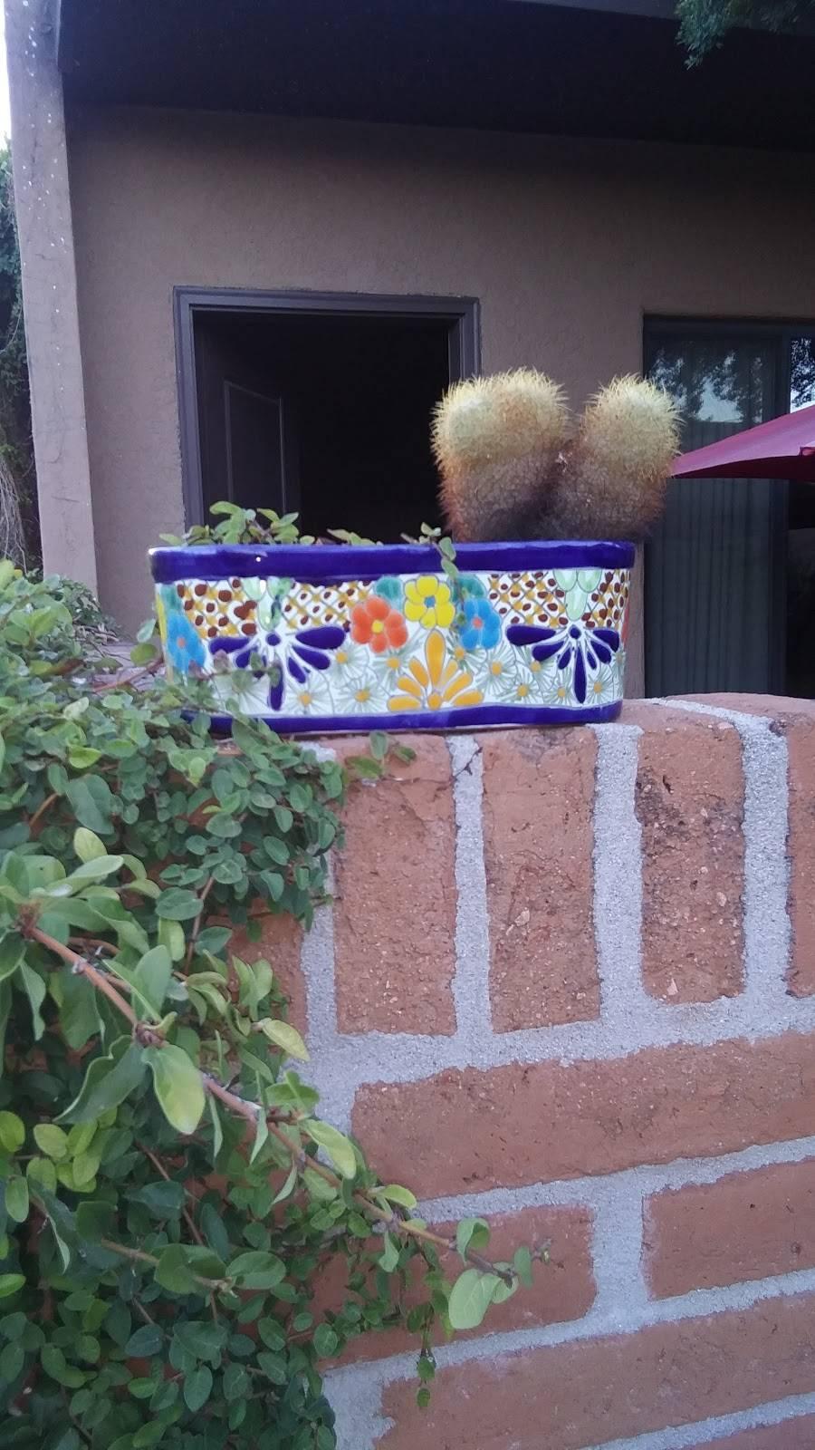 Riverside Suites - real estate agency    Photo 6 of 10   Address: 1725 E Limberlost Dr, Tucson, AZ 85719, USA   Phone: (520) 202-2210