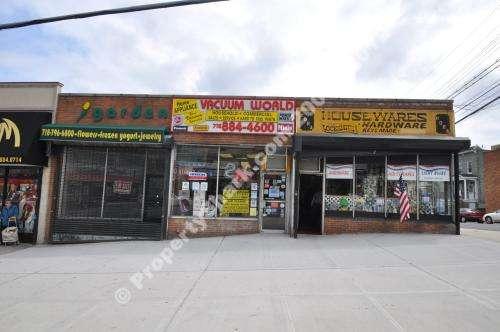 VACUUM WORLD STORES - home goods store    Photo 8 of 10   Address: 5902 Riverdale Ave, Bronx, NY 10471, USA   Phone: (718) 884-4600