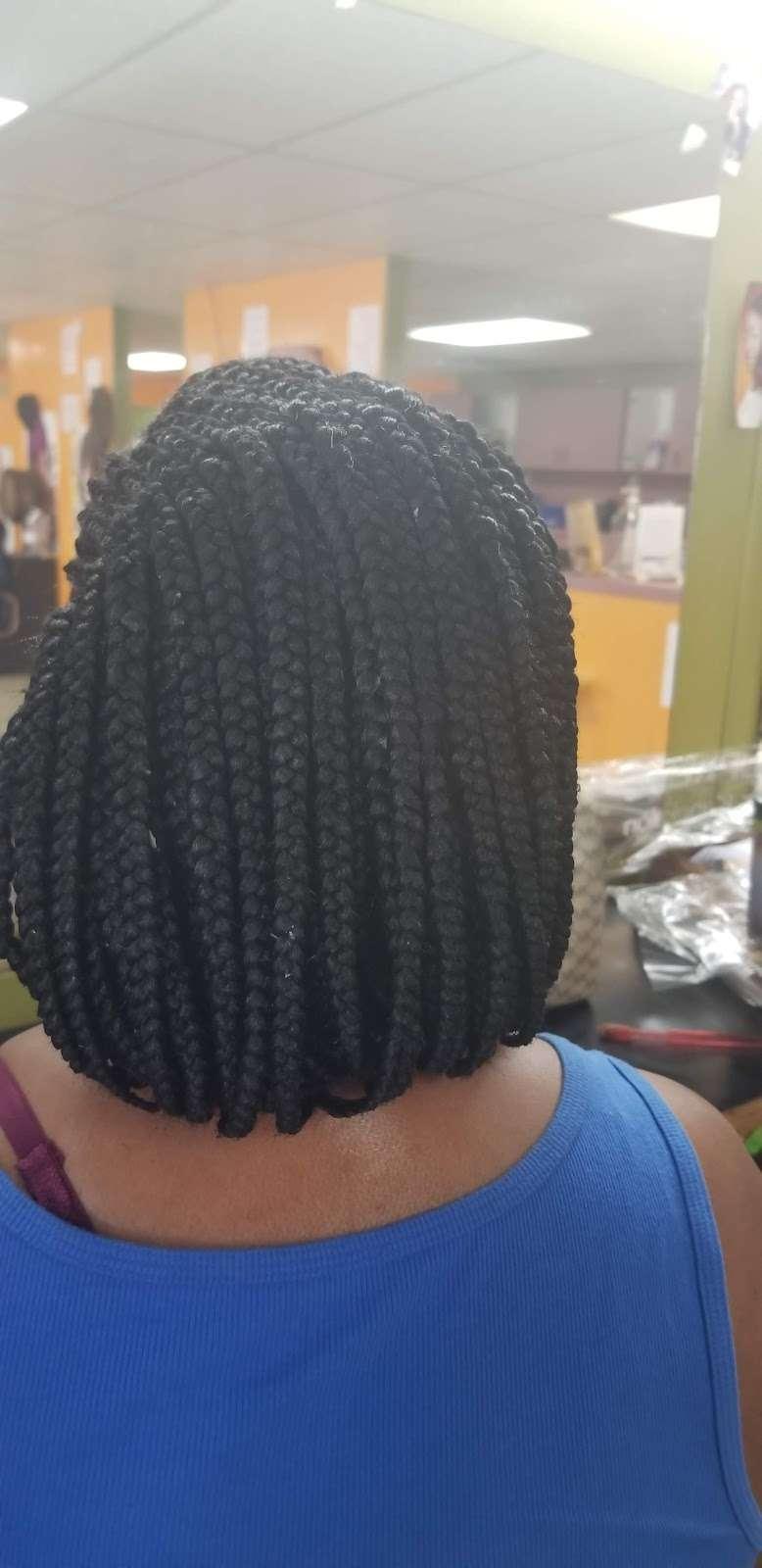 Lallas Braiding - hair care  | Photo 7 of 10 | Address: 5718 Aldine Bender Rd, Houston, TX 77032, USA | Phone: (281) 442-1331
