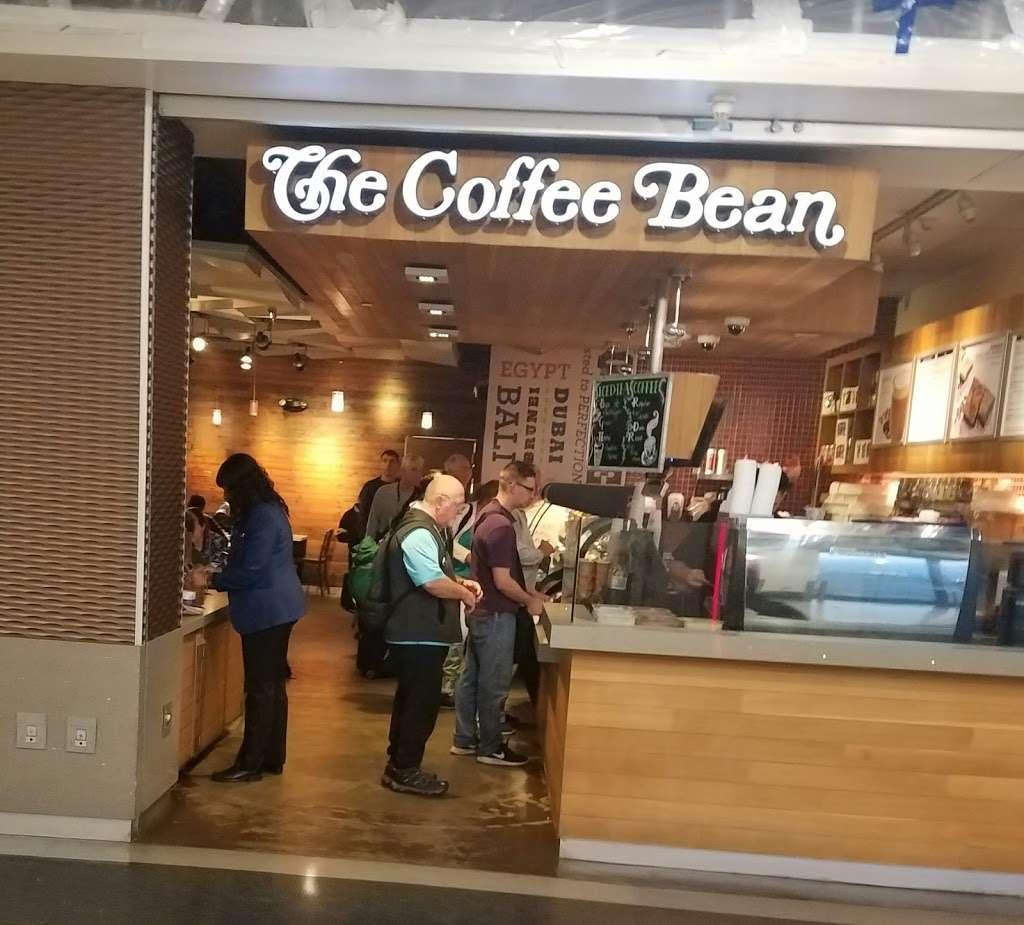 The Coffee Bean & Tea Leaf - cafe  | Photo 1 of 10 | Address: 550 World Way, Los Angeles, CA 90045, USA | Phone: (310) 337-1011