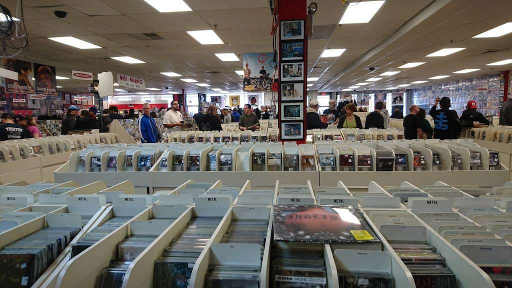 Vintage Vinyl Records - Electronics store | 51 Lafayette Rd, Fords