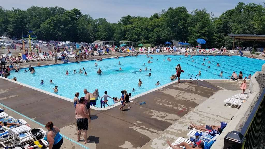 Barca Pool Complex - Eagle Lake - park  | Photo 2 of 10 | Address: Covington Township, PA 18424, USA