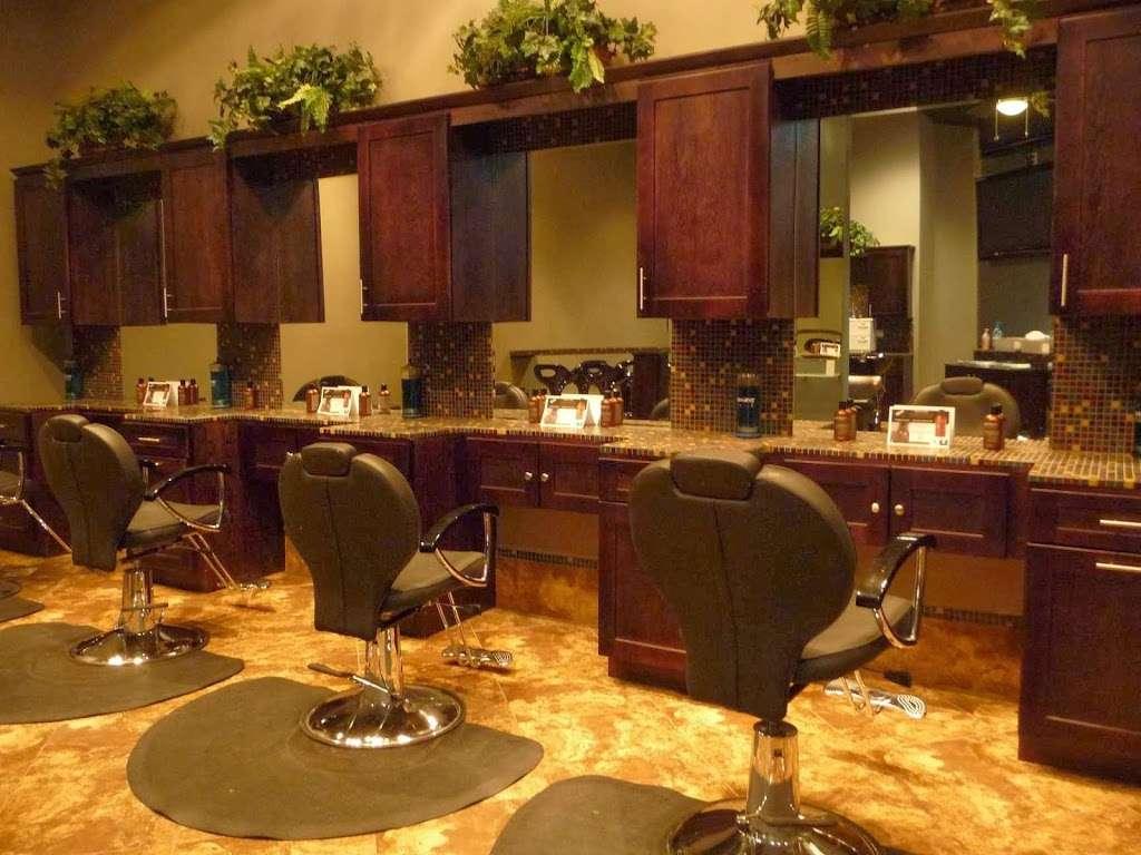 American Male Southwest - hair care    Photo 3 of 10   Address: 6070 S Rainbow Blvd #5, Las Vegas, NV 89118, USA   Phone: (702) 405-0500
