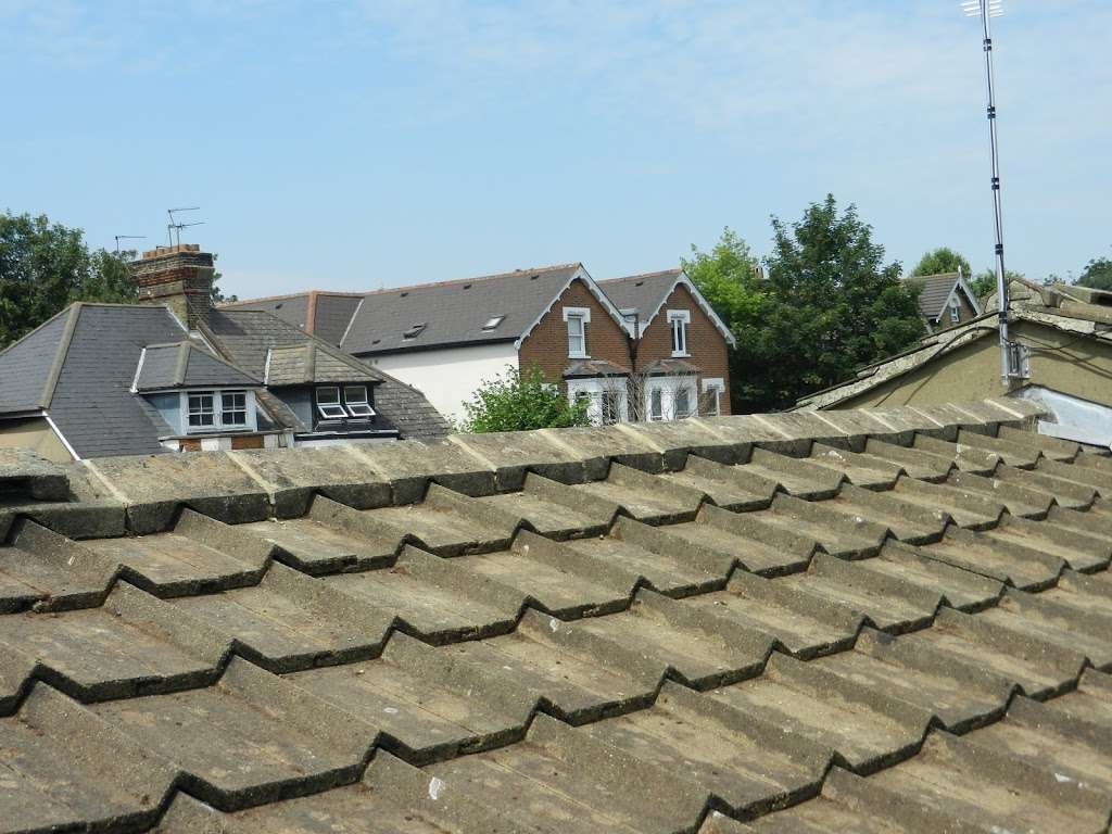 Homecare roofing services - roofing contractor  | Photo 2 of 10 | Address: 616 Limpsfield Rd, Wallingham, Warlingham CR6 9DS, UK | Phone: 020 3606 0341