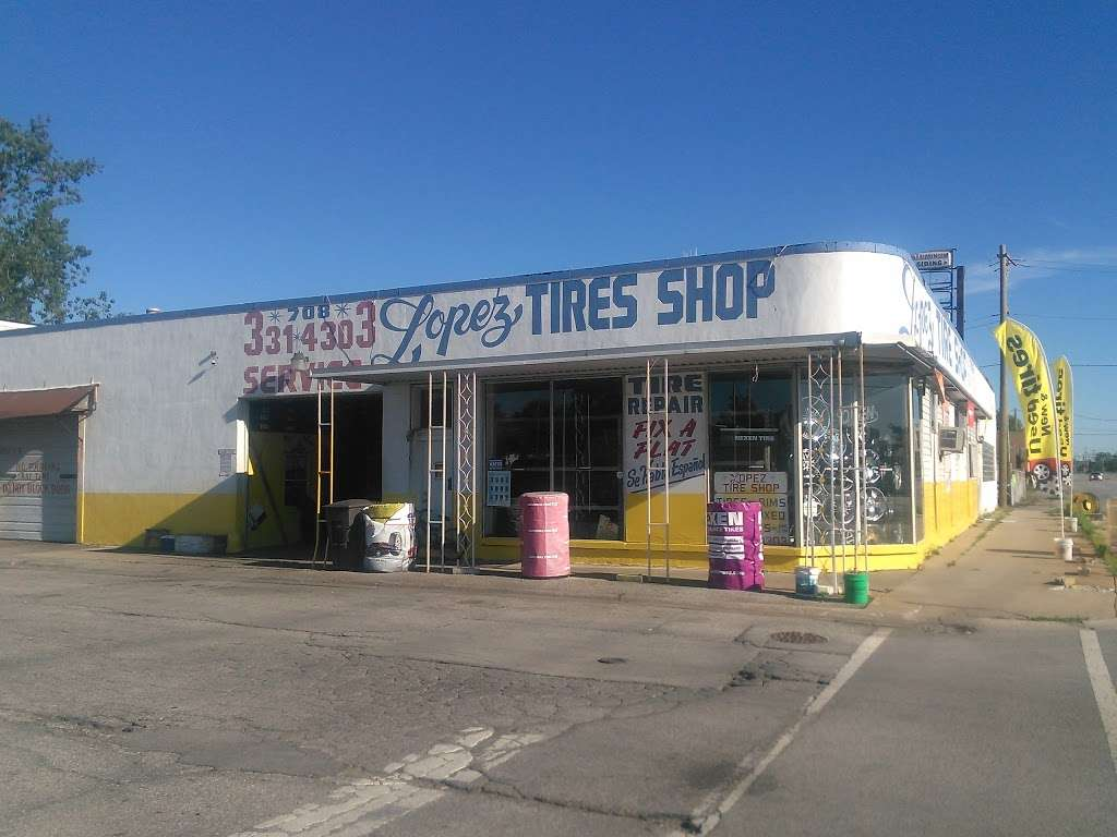 Lopez Tire Shop - car repair  | Photo 3 of 10 | Address: 15303 S Halsted St, Harvey, IL 60426, USA | Phone: (708) 331-4303
