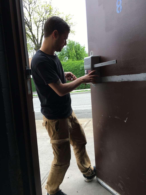ACM Locksmith - locksmith  | Photo 5 of 8 | Address: 347 E 104th St b, New York, NY 10029, USA | Phone: (646) 931-0298