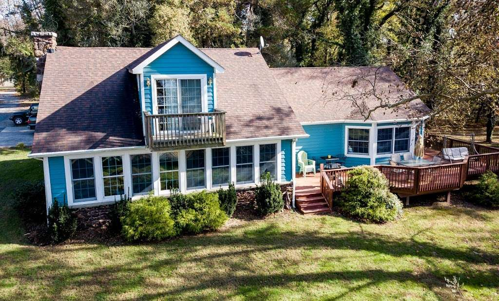 Red Point Lighthouse Vacation Rentals - real estate agency    Photo 6 of 10   Address: 115 S Main St, North East, MD 21901, USA   Phone: (443) 553-5363