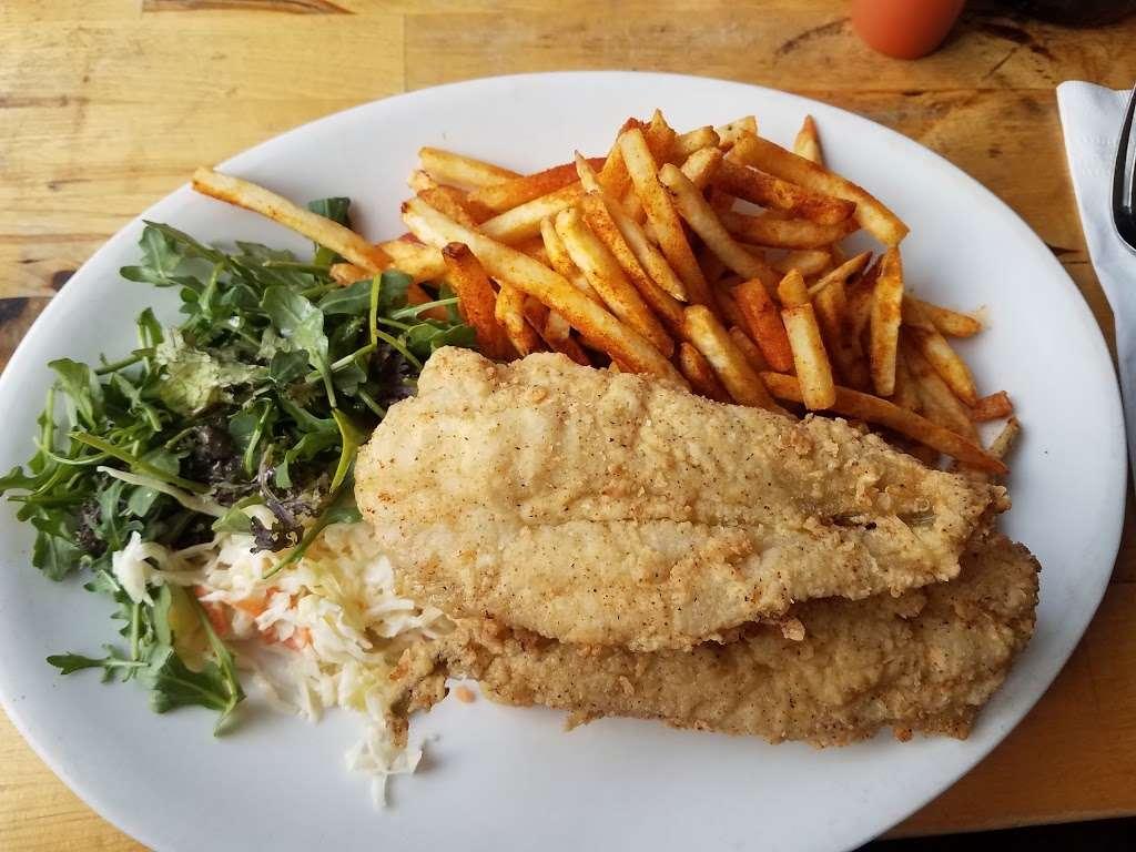 Peaches Shrimp & Crab - restaurant  | Photo 2 of 10 | Address: 285 Grand Ave, Brooklyn, NY 11238, USA | Phone: (718) 638-9500