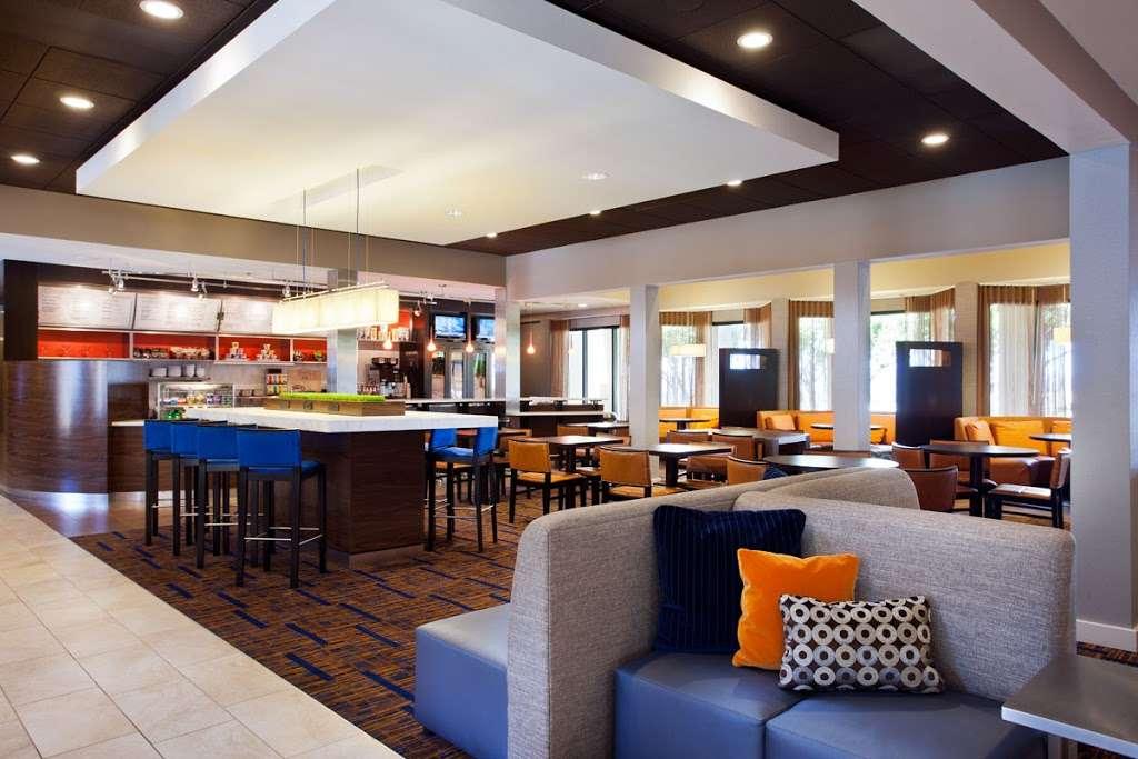 The Bistro – Eat. Drink. Connect.® - restaurant  | Photo 1 of 6 | Address: 1905 S Azusa Ave, Hacienda Heights, CA 91745, USA | Phone: (626) 965-1700