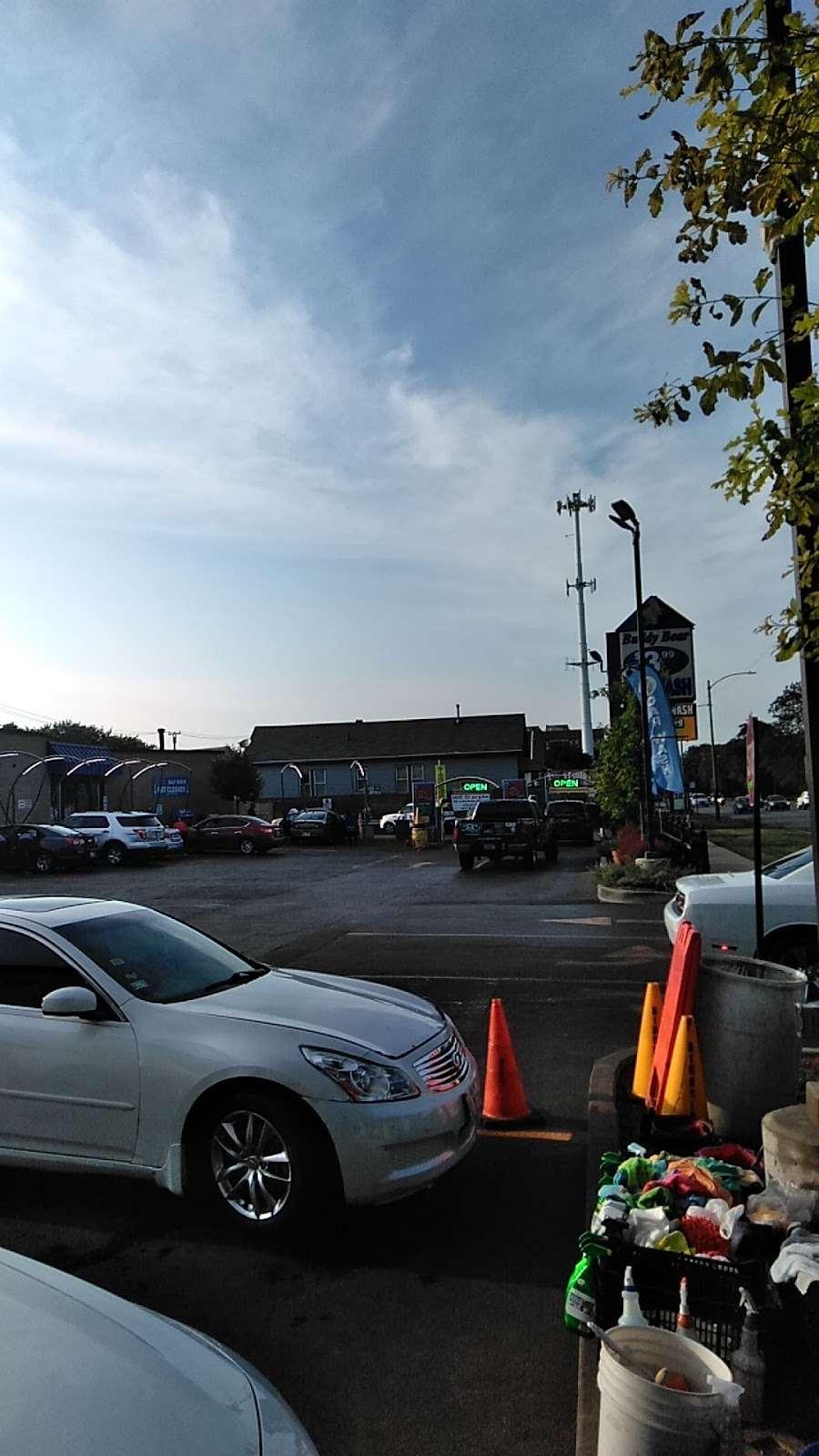 Buddy Bear Car Wash - car wash  | Photo 10 of 10 | Address: 4130 S Western Ave, Chicago, IL 60609, USA | Phone: (773) 847-1221