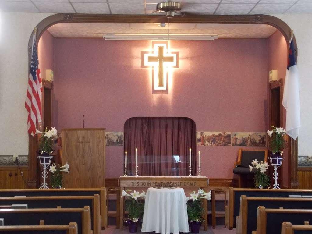 Sauktown Church of Christ - church  | Photo 8 of 10 | Address: 8751 E 150 N, Mill Creek, IN 46365, USA | Phone: (219) 778-4110