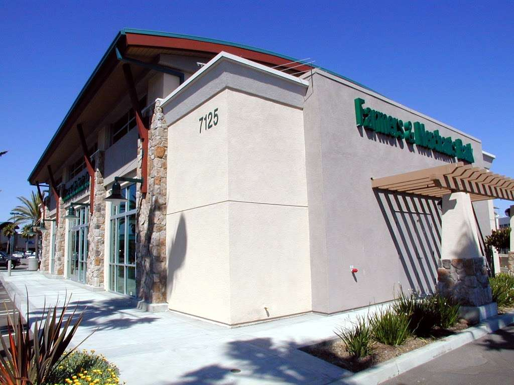 Farmers & Merchants Bank | 7125 Yorktown Ave, Huntington