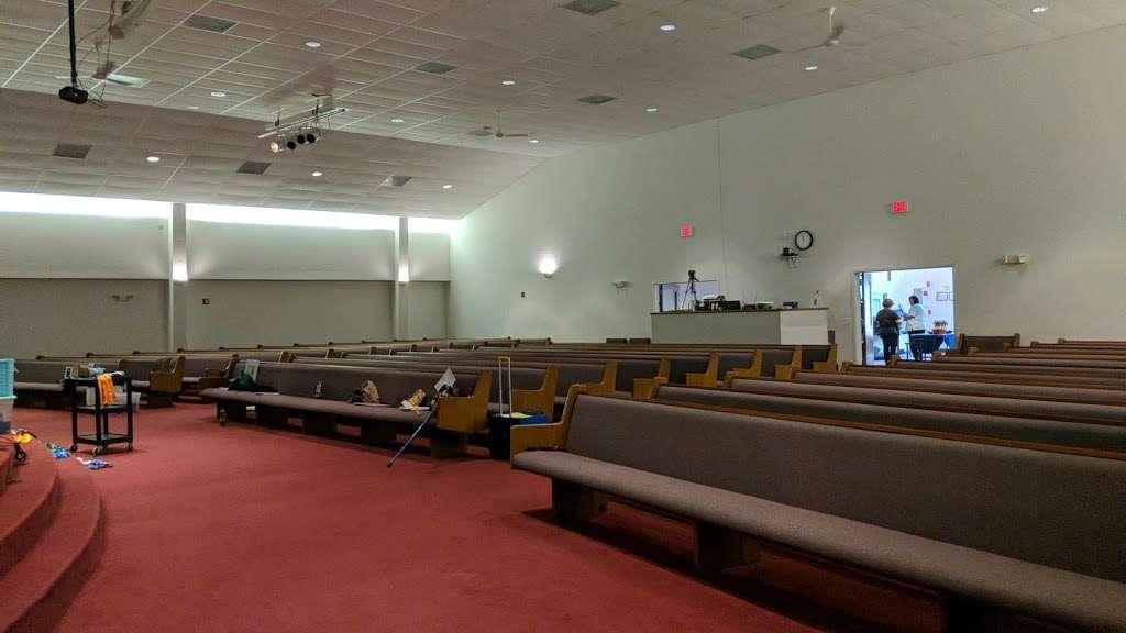 Lake Washington Fellowship Church - church    Photo 1 of 1   Address: 4050 Lake Washington Rd, Melbourne, FL 32934, USA   Phone: (321) 254-9860
